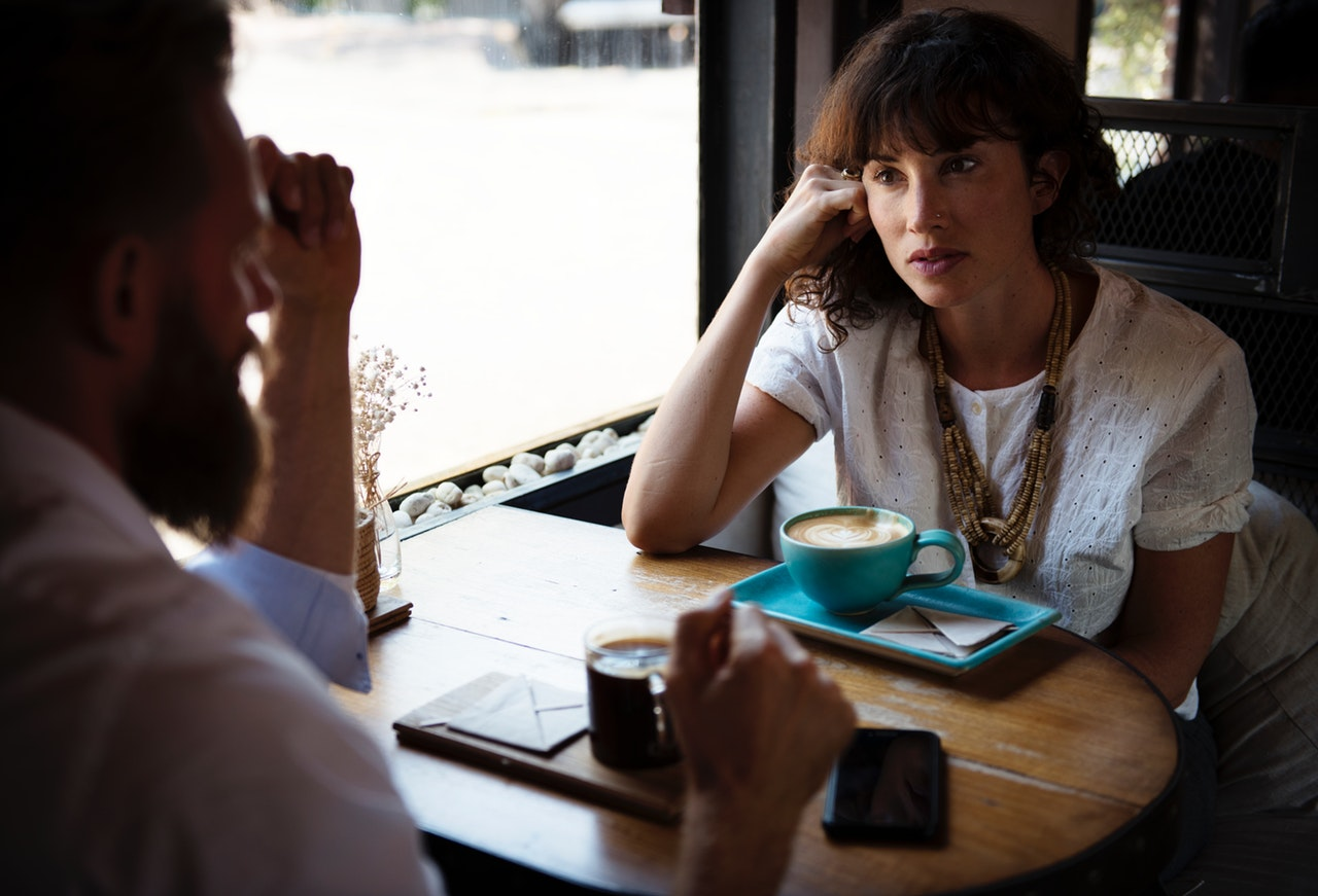 HOW TO COMMUNICATE EFFECTIVELY IN A RELATIONSHIP