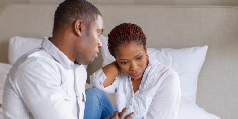 CLEAR SIGNS HE WILL NEVER MARRY YOU